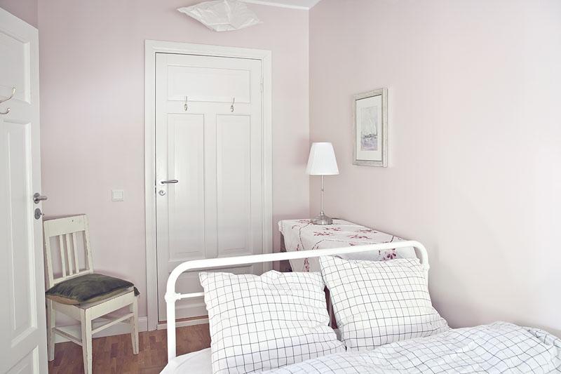 Majoitustilan toinen makuuhuone 430
